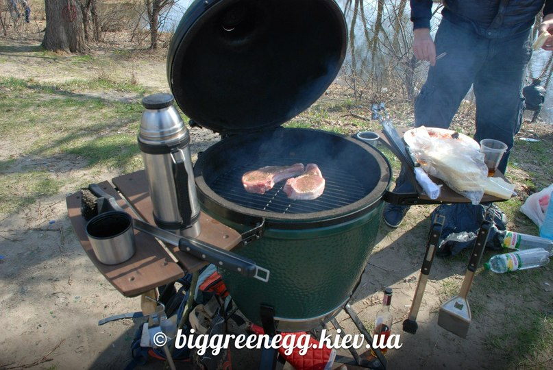 мясо гриль big green egg
